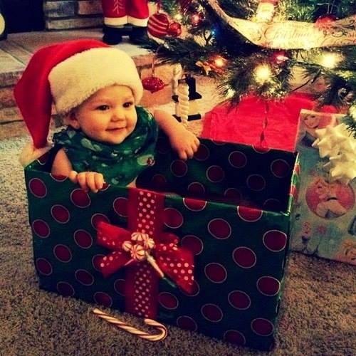 christmas-cute-gift-kids-Favim.com-1498375
