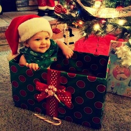 christmas-cute-gift-kids-Favim.com-1498375