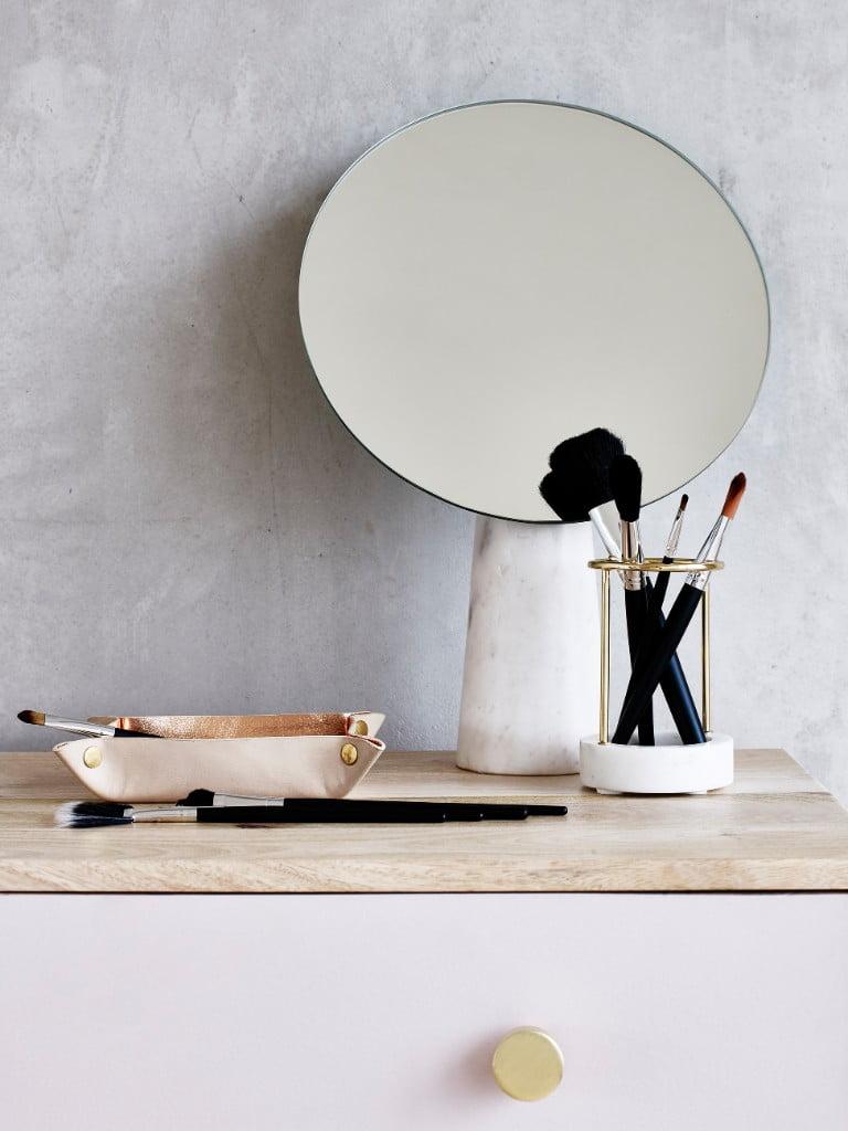 Oliver Bonas Large Marble Round Mirror - Round Marble Brush Holder