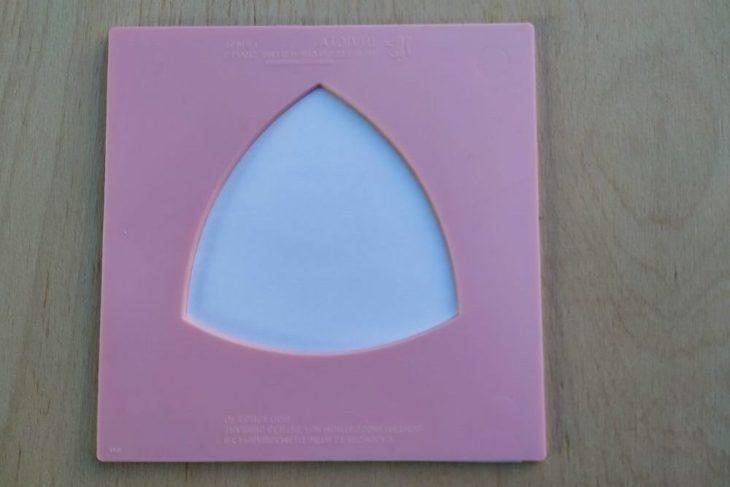 Triunghi curbiliniu