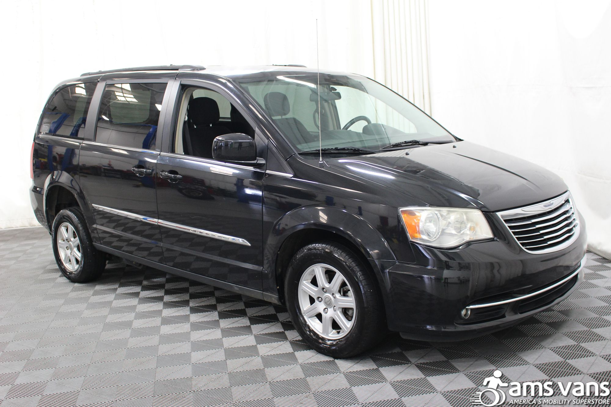 2011 Town And Country Van