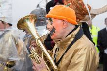 orange-face-trumpet