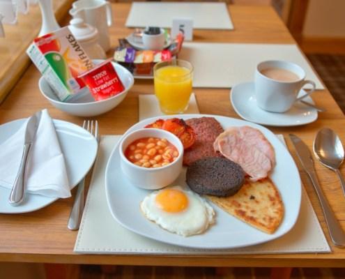 Super Scottish Breakfast with Lorne Square Sausage!