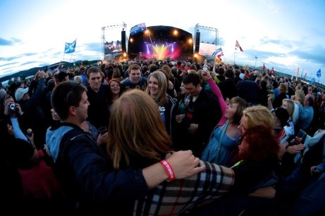 Runrig 31 - Party on the Moor - In Pictures