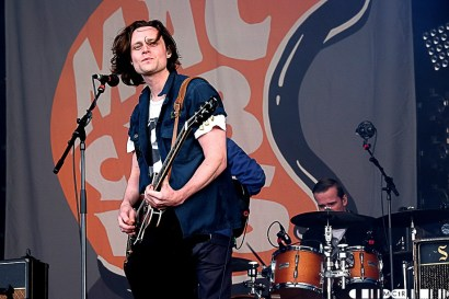 The Maccabees 12 - Gentlemen of the Road, The Maccabees - Pictures