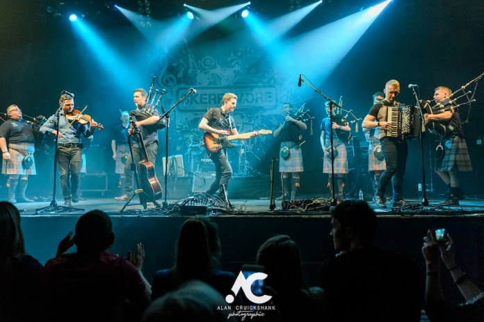 Skerryvore with City Of Inverness Pipe Band and Runrigs Iain Bayne December 2018 Ironworks Inverness November 2018 25 - Skerryvore, 7/12/2018 - Images