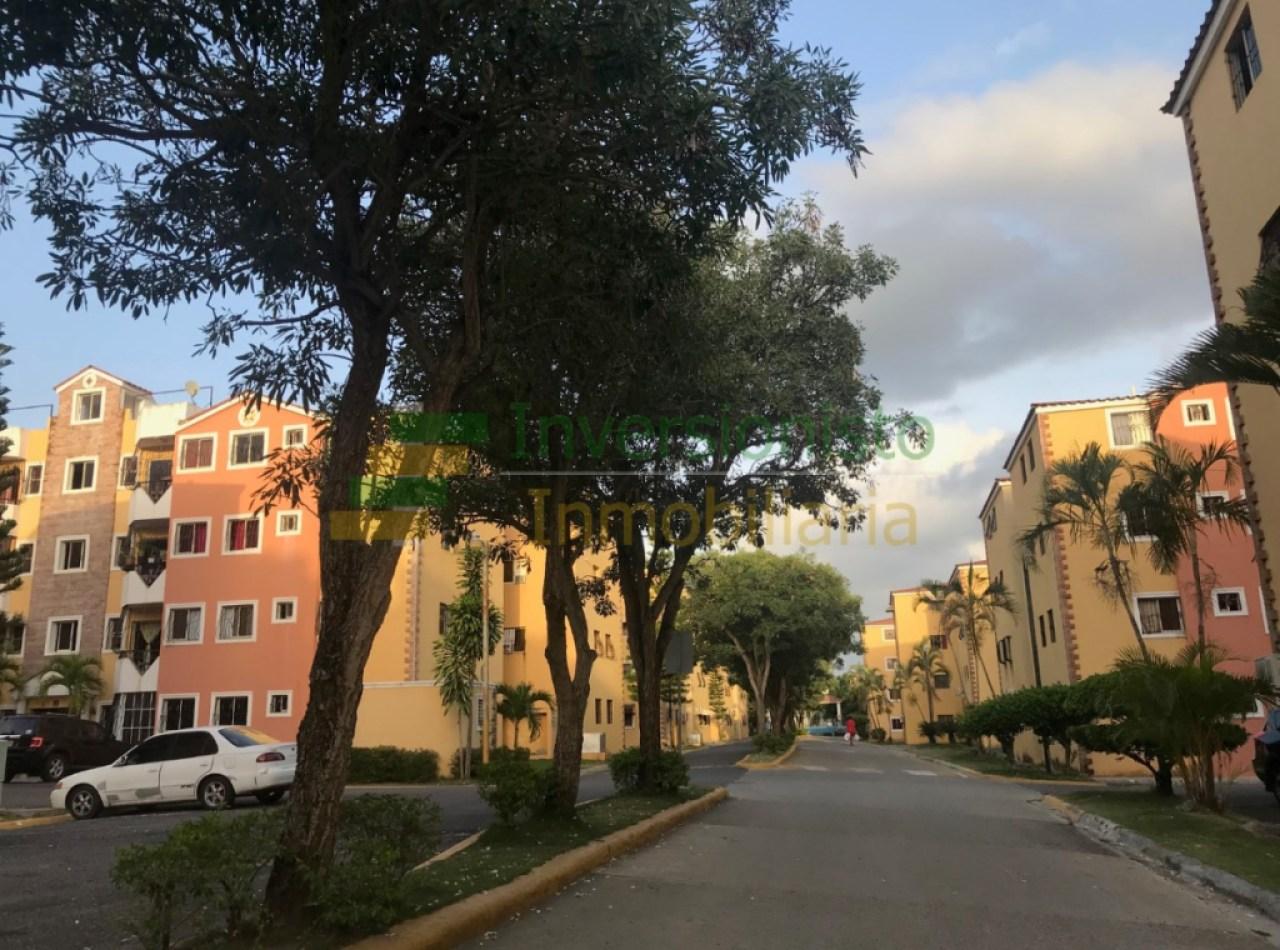 Apartamento en Santiago en un Complejo Privado con Parque