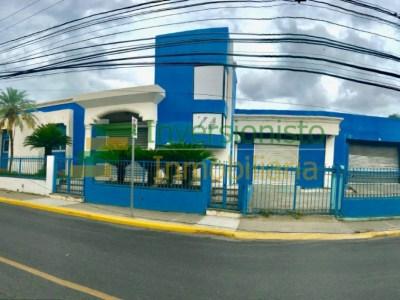 Edificio Comercial de 560 Mts2 próximo a Av. Estrella Sadhala