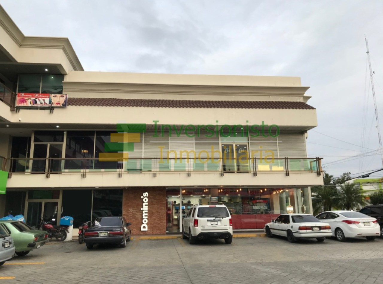 Local Comercial con 128 MTS2 en Plaza Master, Cerros de Gurabo