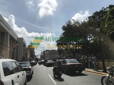 Local Comercial con 96 MTS2 en la Calle del Sol