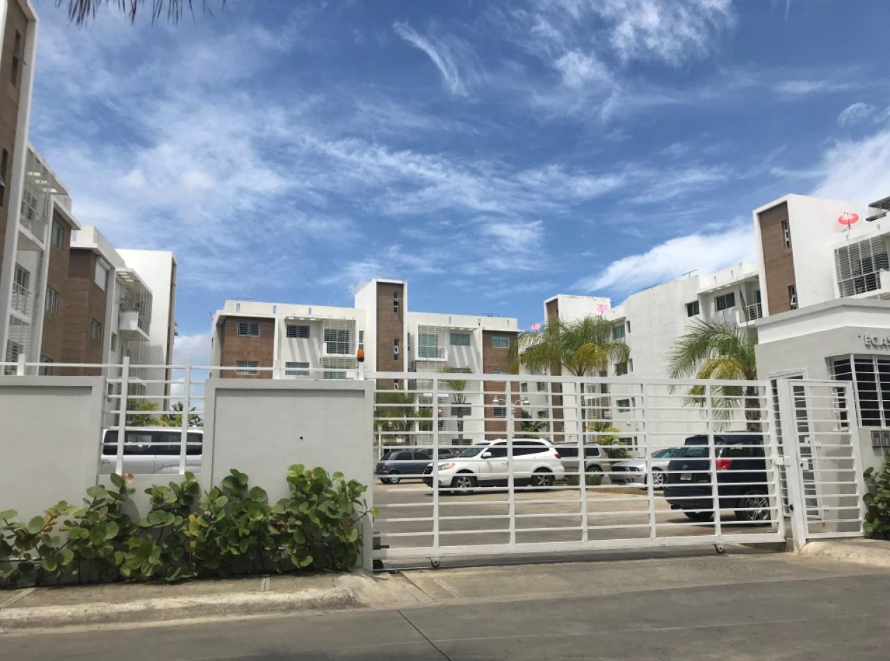 Apartamento en 3er Nivel Residencial TECASA Dorado, Santiago