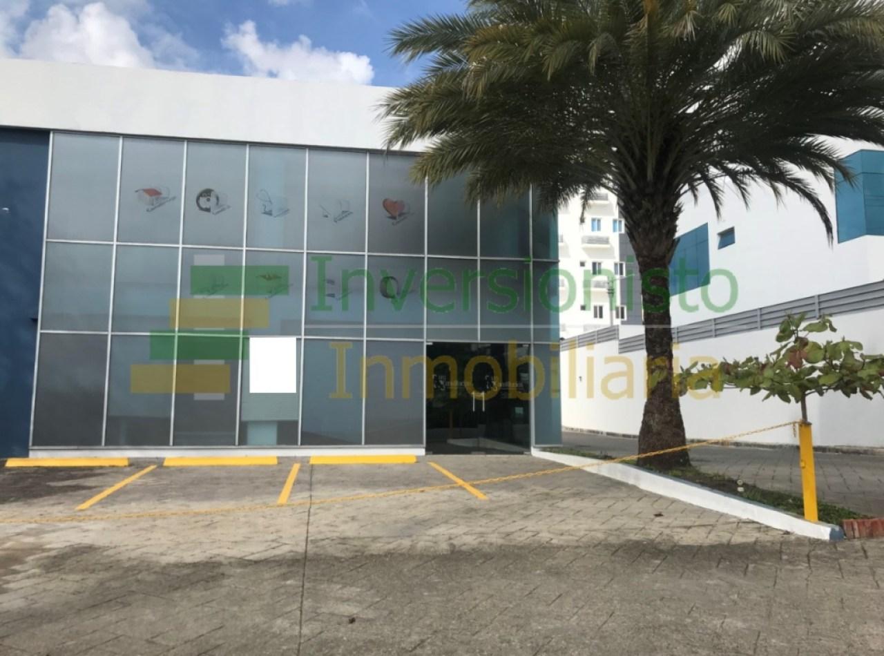 Edificio Comercial Disponible en La Española, Santiago