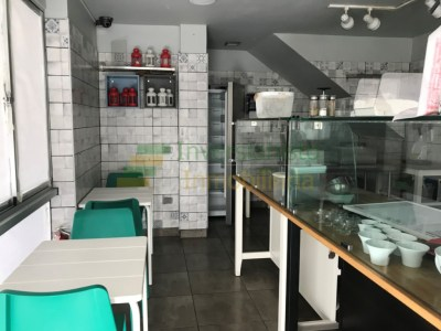 Panadería Restaurante Disponible en La Esmeralda, Santiago