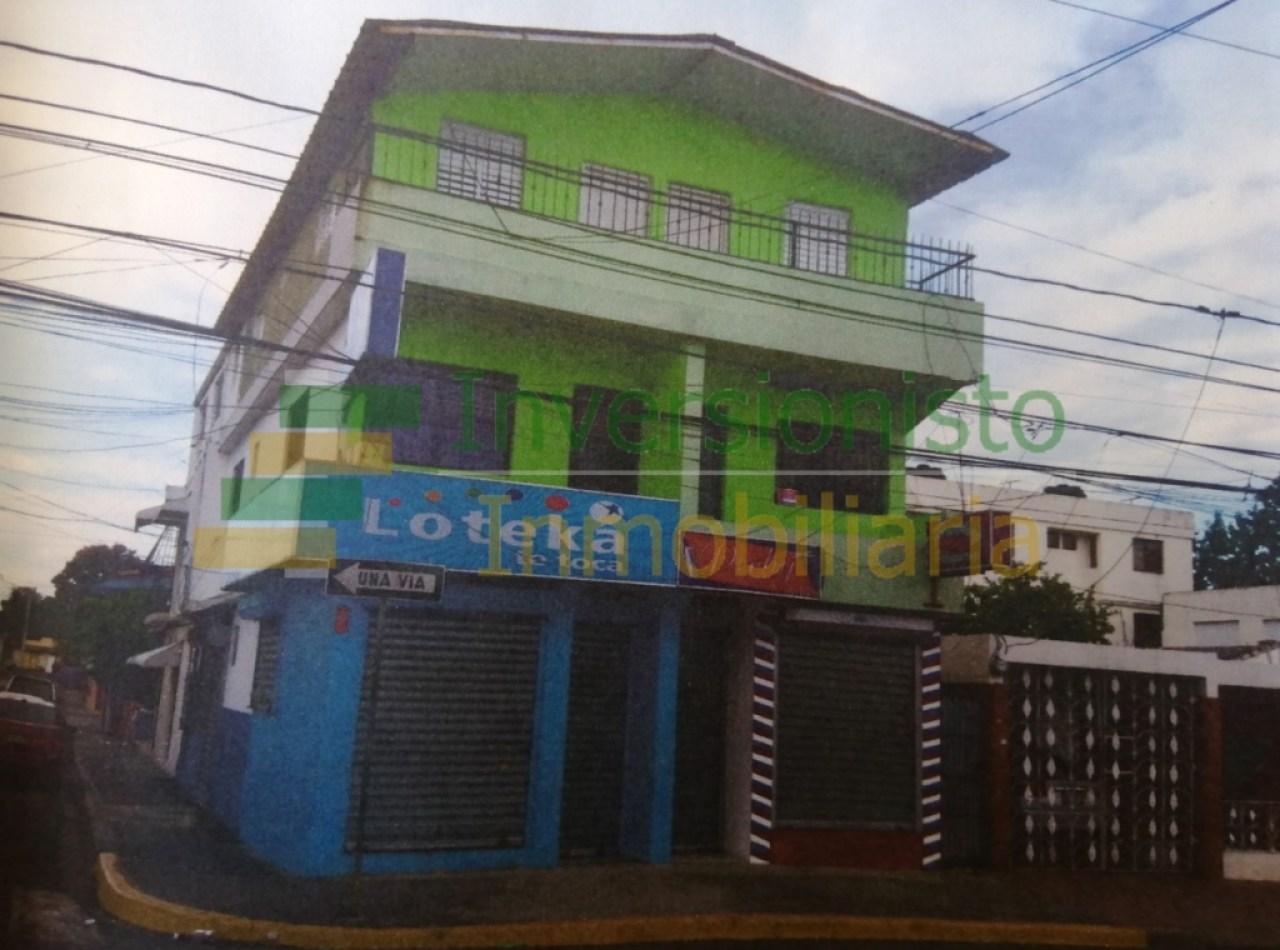 Edificio de 4 Niveles Disponible en Los Pepines, Santiago