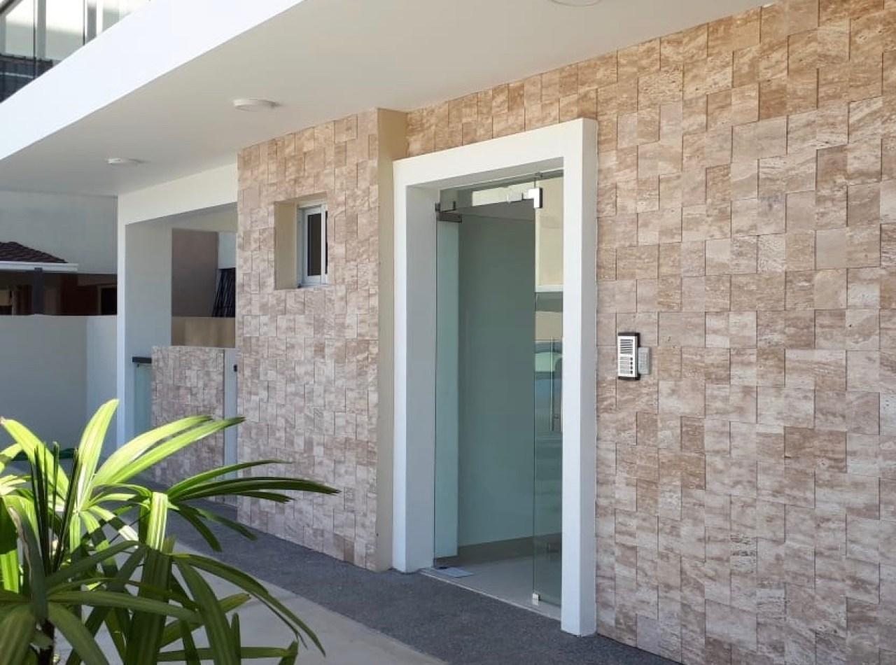 Residencial QUATTROUNO, Apartamentos en Villa Olga, Santiago