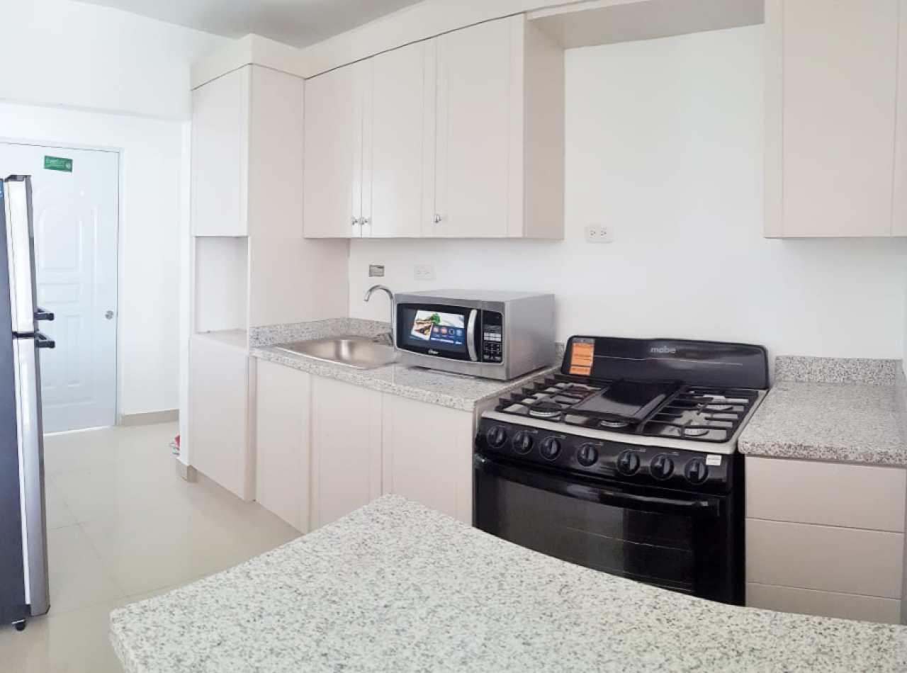 Residencial LIA AMANDA, Apartamentos en Cerro Alto, Santiago