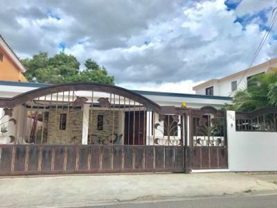 Hermosa Casa de 3 Habitaciones y 1 Nivel en el Dorado I, Santiago