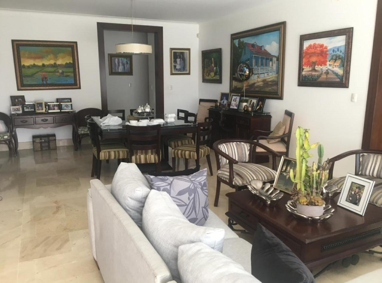 Hermoso Apartamento en Torre de la Rosaleda, Santiago