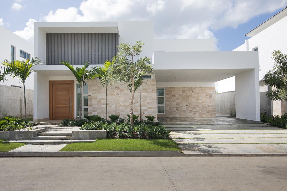 Residencial ROBLE las Carmelitas casas en venta