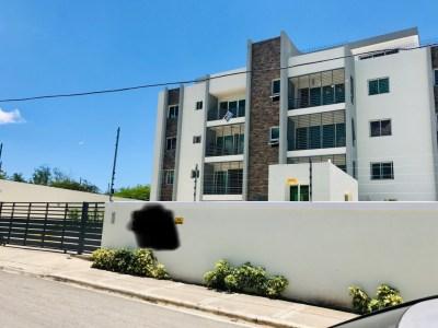 Amplio Apartamento, En los Álamos ,santiago