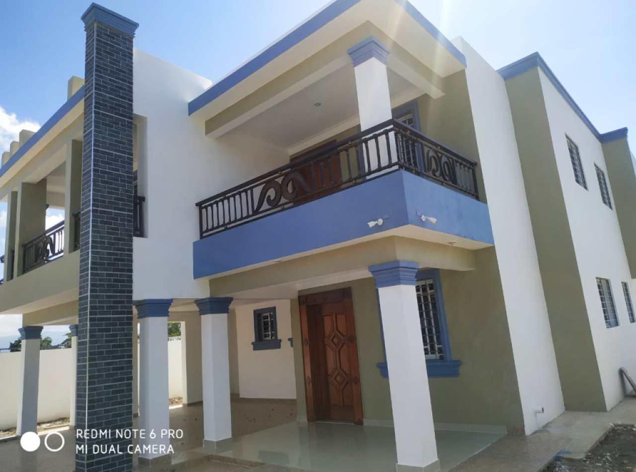 Hermosa casa en venta en proyecto cerrado!