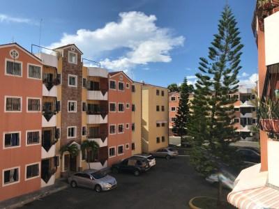 Apartamento de oportunidad en 3er nivel, Llanos de Gurabo, Santiago.