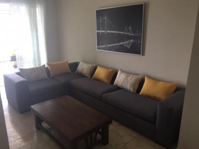 Apartamento Amueblado en 8vo Nivel, Torre Almirante, Santiago.