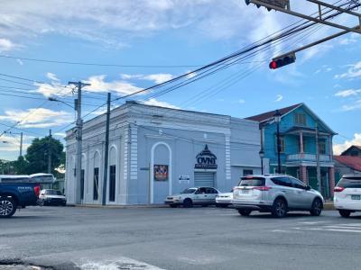 Edificio Histórico Disponible en la Calle del Sol, 200 Mts2, Santiago.
