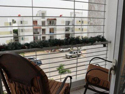 Apartamento en 4to Nivel, Jardines del Dorado, Santiago.