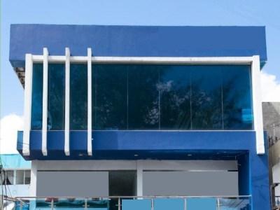 Edificio Comercial de 3 Niveles en Venta, Ubicación Céntrica, Santiago