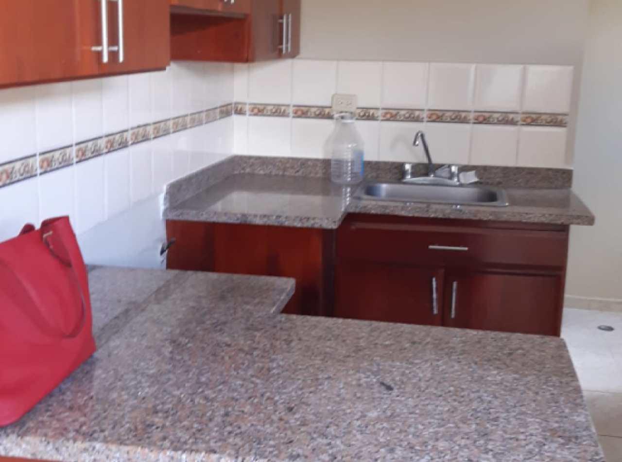 Apartamento en Venta en Residencial Cerrado, Llanos de Gurabo