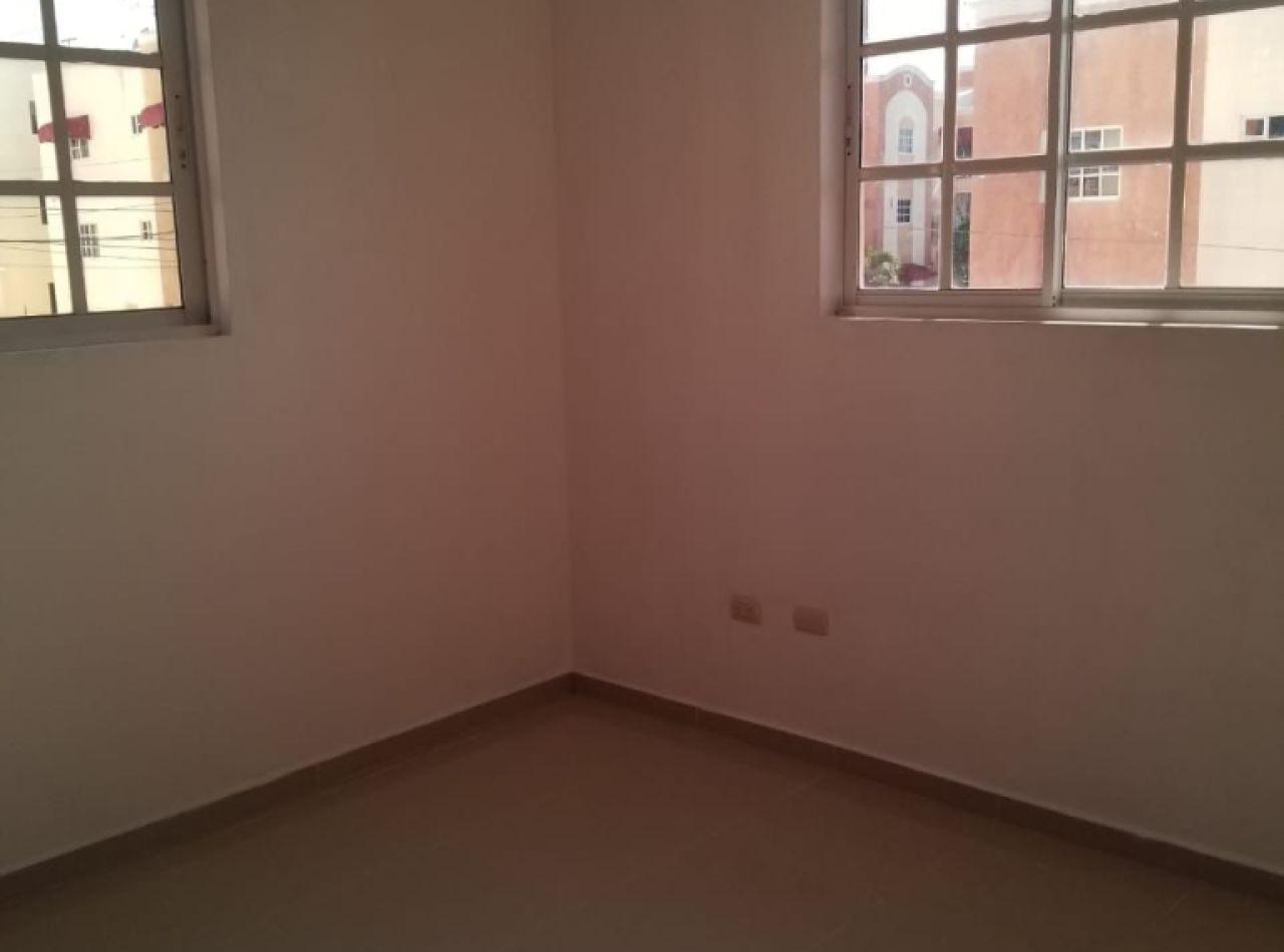 Apartamento Precioso con Piscina Disponible en Cerro Alto