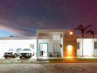 Hermosa Residencia en Venta en Proyecto Cerrado de Casas