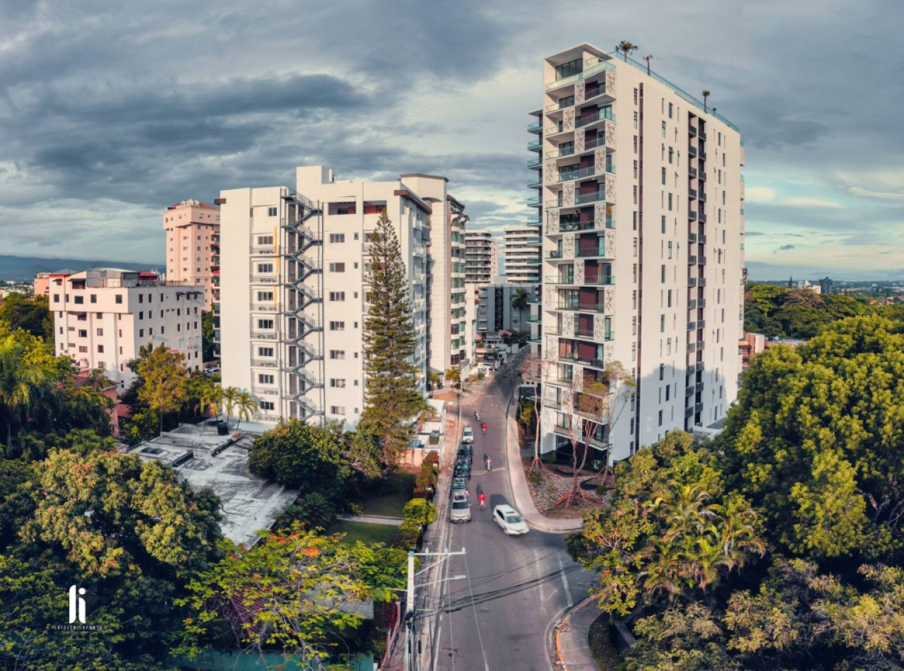 Hermoso Apartamento Amueblado en Alquiler, Torre Loretto