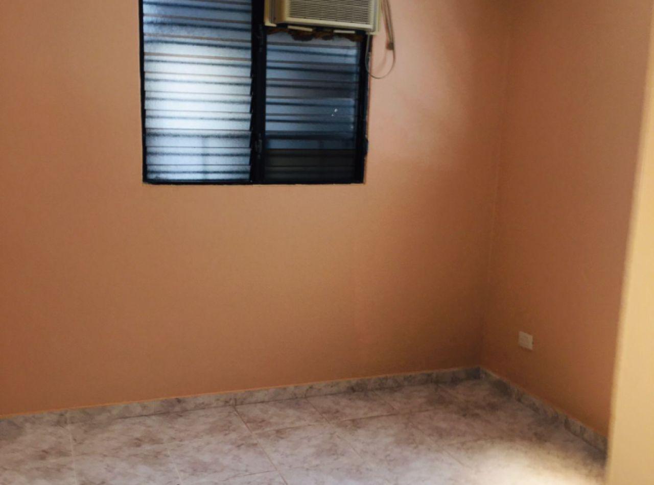 Casa Confortable en Venta, Valle Verde I, Santiago