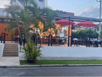 Se Vende Bar-Restaurante en la Ciudad de Santiago
