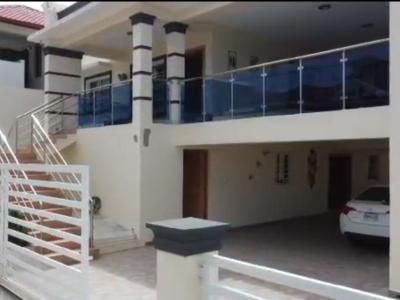 Amplia Casa en Venta en Jarabacoa