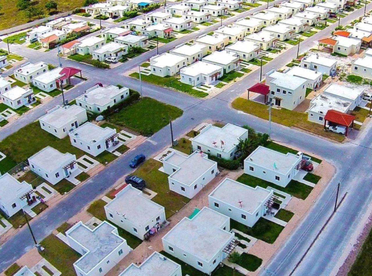 Coquetas Villas Pequeñas con 2 Habitaciones en Proyecto Cerrado