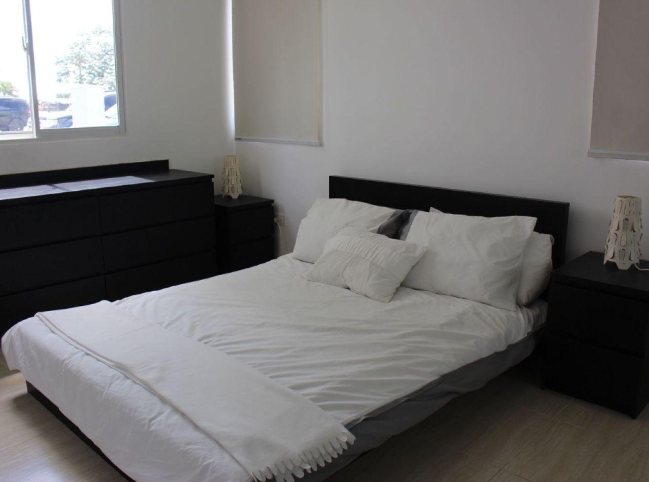 Apartamentos de 3 Habitaciones en Proyecto Cerrado con Piscina