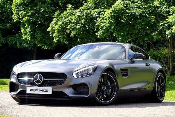 buy Daimler shares