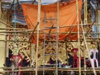 """Friso superior del garaje del carruaje ceremonial practicamente """"restaurado"""""""