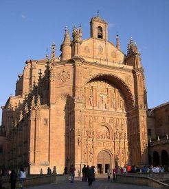 Fachada de la Iglesia de San Esteban de Salamanca.