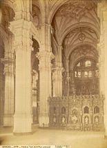 Jean Laurent: Nave central de la catedral de Granada en el siglo XIX.