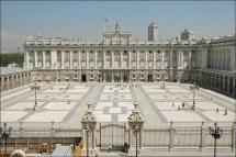 Palacio Real de Madrid y plaza de la Armería. Foto: deviajepormadrid.net