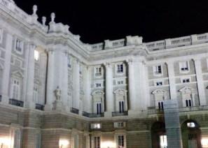 Palacio Real. Detalle de la transición entre el bloque original y el ala Sabatini