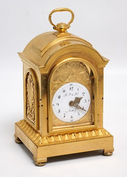 Abraham Matthey: Carriage clock, bronce dorado al fuego. Real Fabrica de relojes de Madrid.