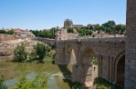 Vista actual de Toledo desde el puente de San Martín. Wikimedia Commons.