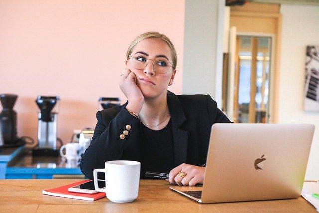 Read more about the article Bonheur au travail : 5 signes d'échec, et comment y remédier
