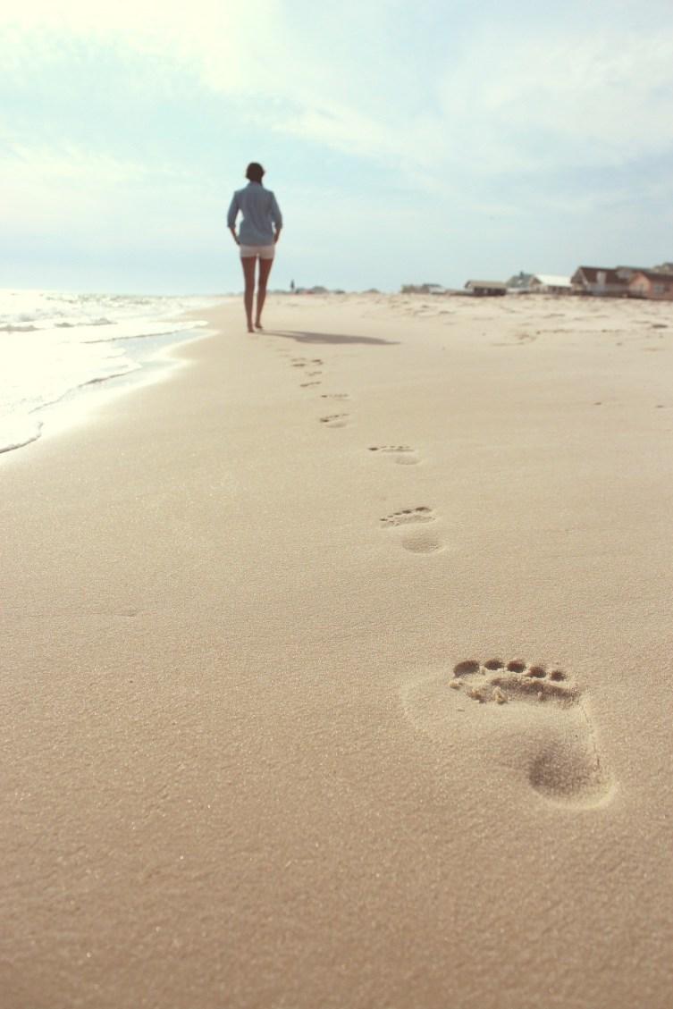 """1re citation sur le bonheur: """"Oublie tes blessures, imprègne ton être de tes joies"""