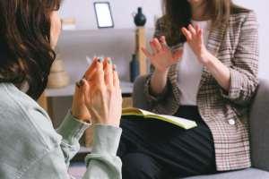 Read more about the article Confiance en soi : améliorez vos relations avec les autres grâce à la communication assertive